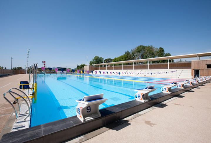 Public swimming pool villa les palmes cannes - Piscine coubertin cannes la bocca ...